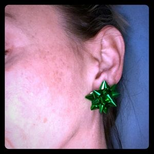 """🎀1"""" actual mini holiday gift bow earrings GREEN"""